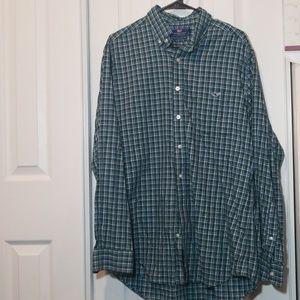 Vineyard vines slim fit tucked shirt sz L